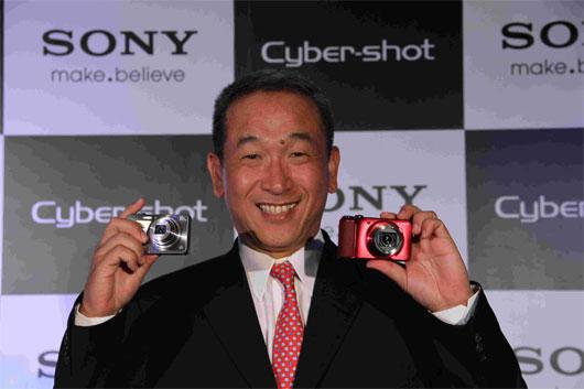 Mr. Masaru Tamagawa, MD Sony India , Cybershot press coneference