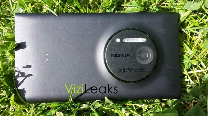 Nokia-820.