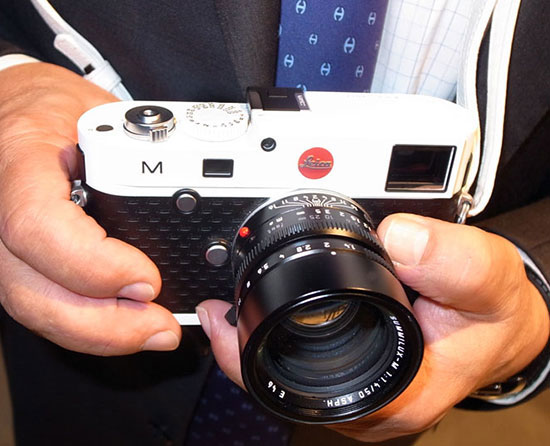 Leica-M-in-white