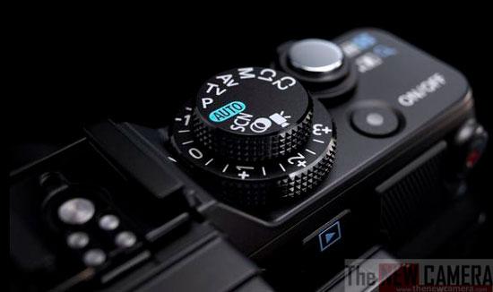 Canon-G2-X-top
