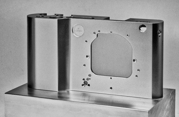 Leica-T701-Camera-Chassis-2