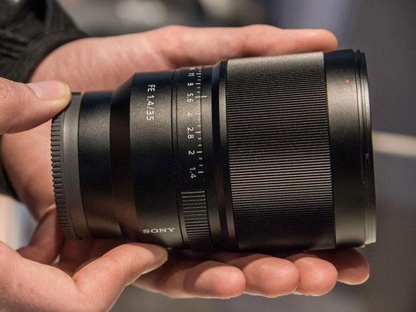Sony-Distagon-TFE-35mm-f1.4