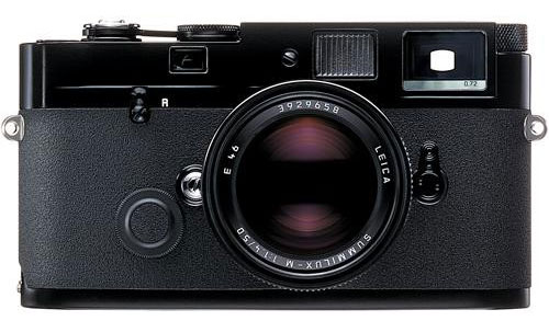 A leica without red logo