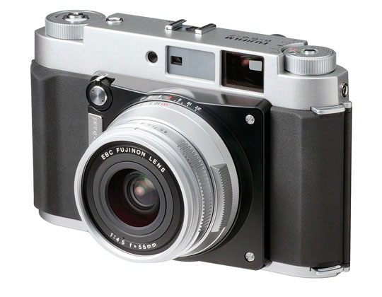 Fuji-Medium-format-camera