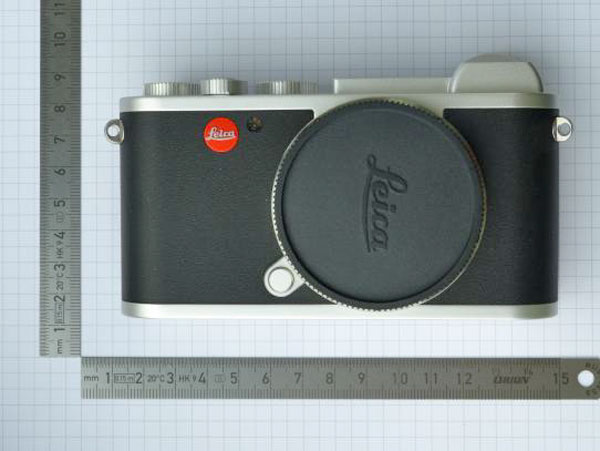 Leica Mirrorless camera image